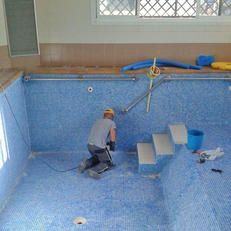 Upacesur instalaciones piscina 1