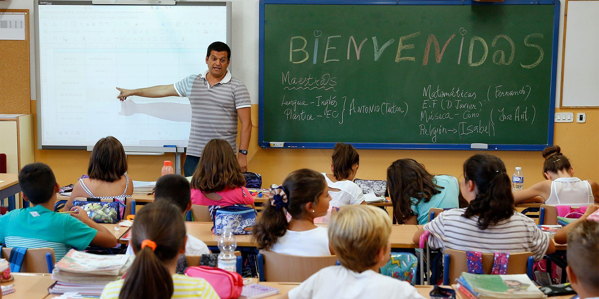 Alumnos en su vuelta a las aulas | Ñito Salas en Diario Sur