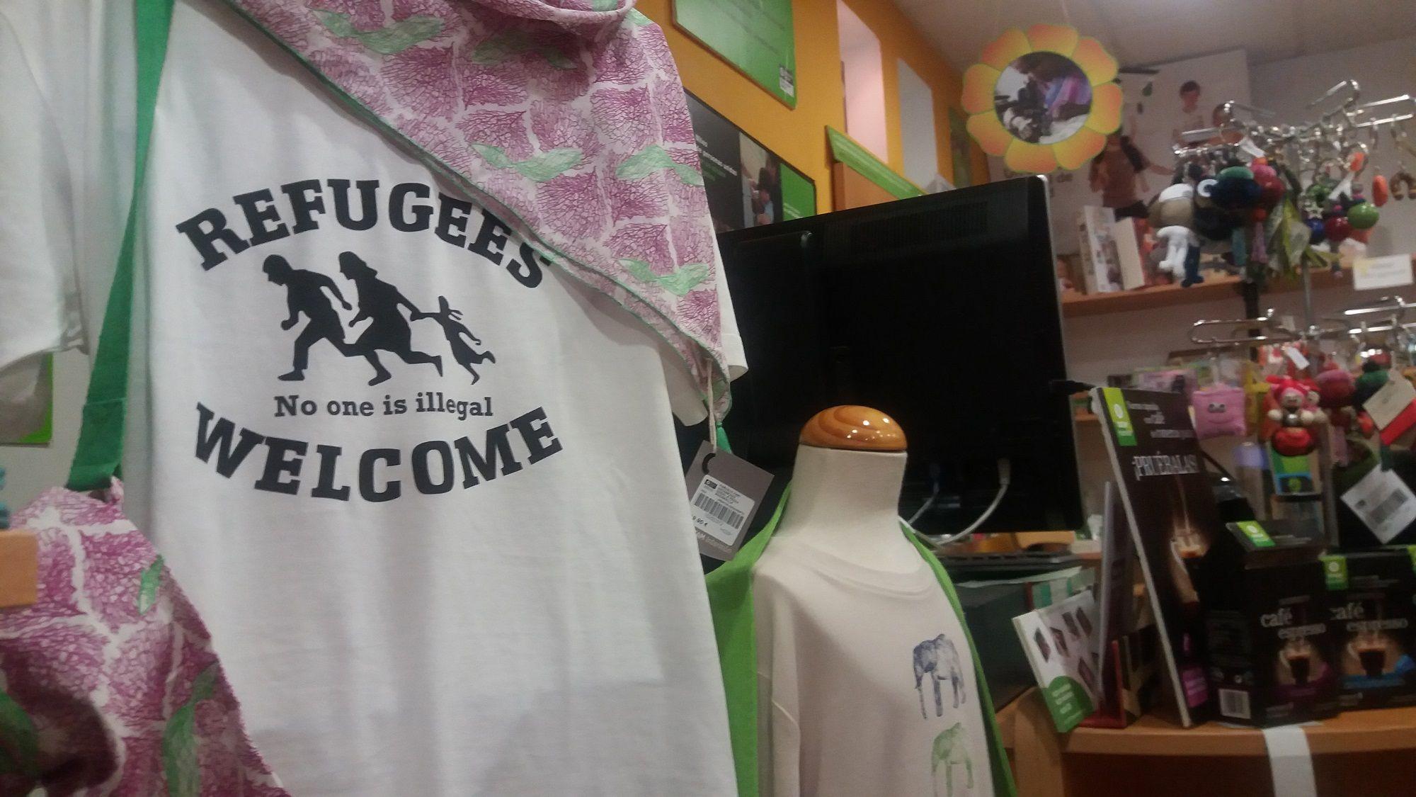 150916-camiseta-bienvenida-a-refugiados