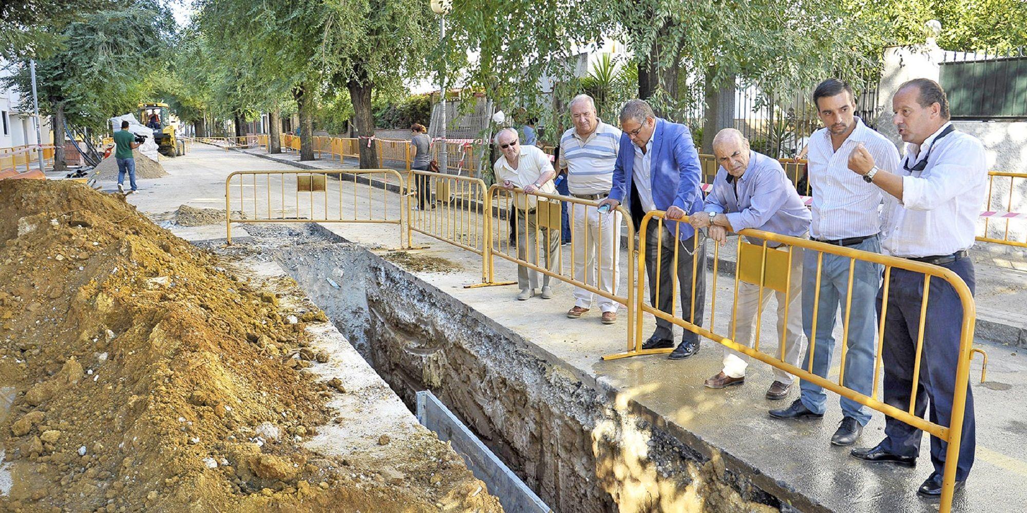 visita-obras-red-saneamiento-en-bda-la-plata-_-02