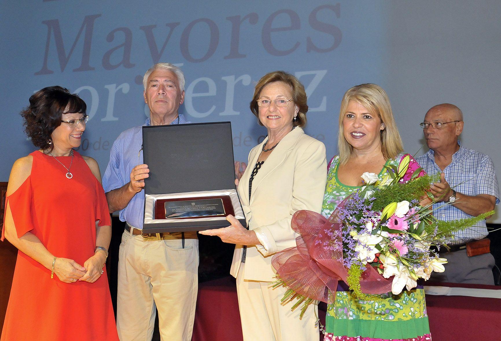 alcaldesa-inaug-xvi-semana-mayores-_-03