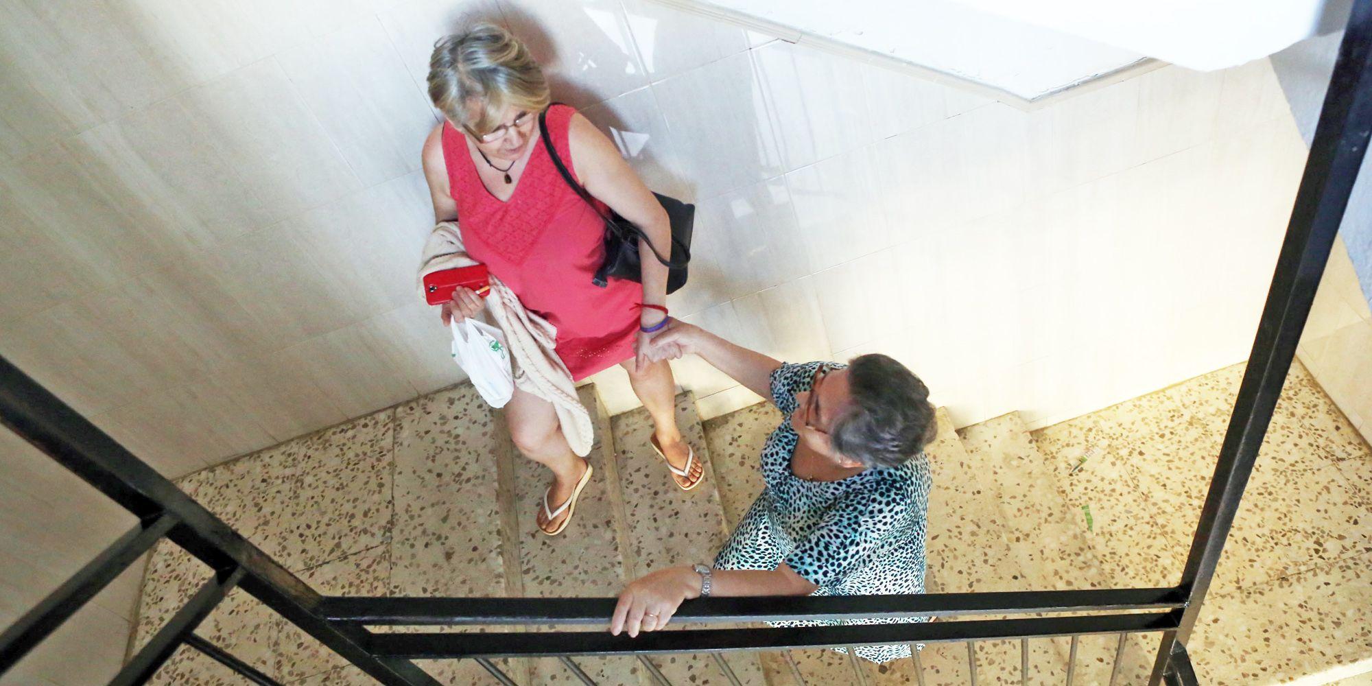 junta-andalucia-mantiene-edificio-con-ascensor-estropeado-3