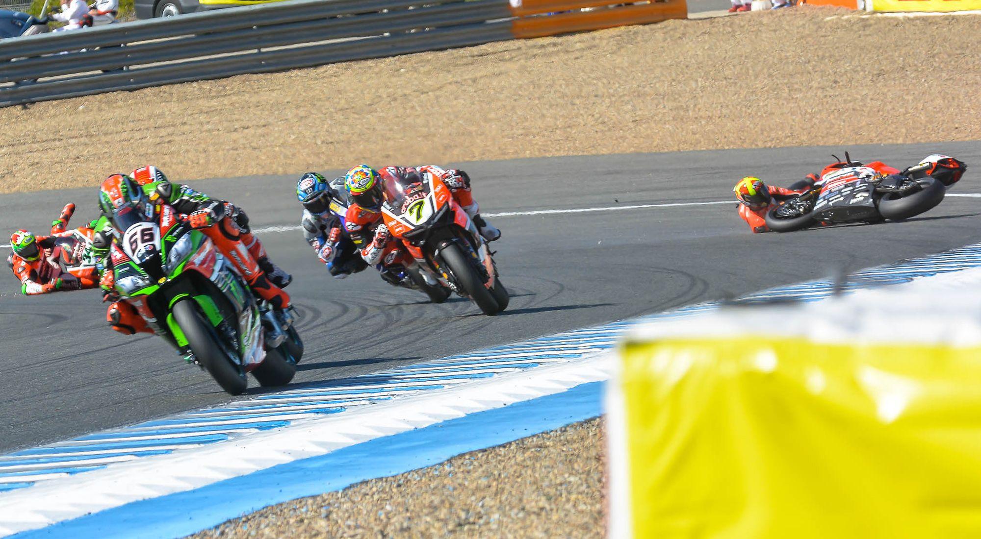 Caída en Superbike | Christian Cantizano para MIRA Jerez