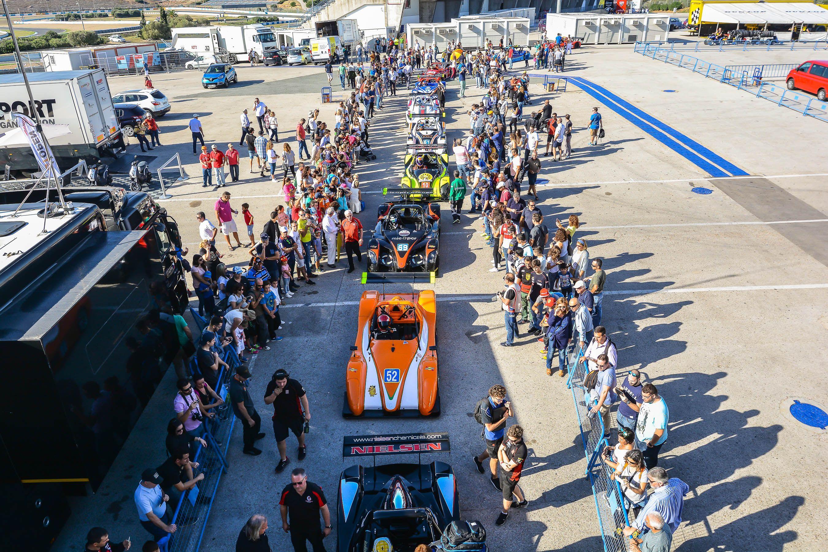 Gran Ambiente en el circuito de Jerez | Christian Cantizano para MIRA Jerez