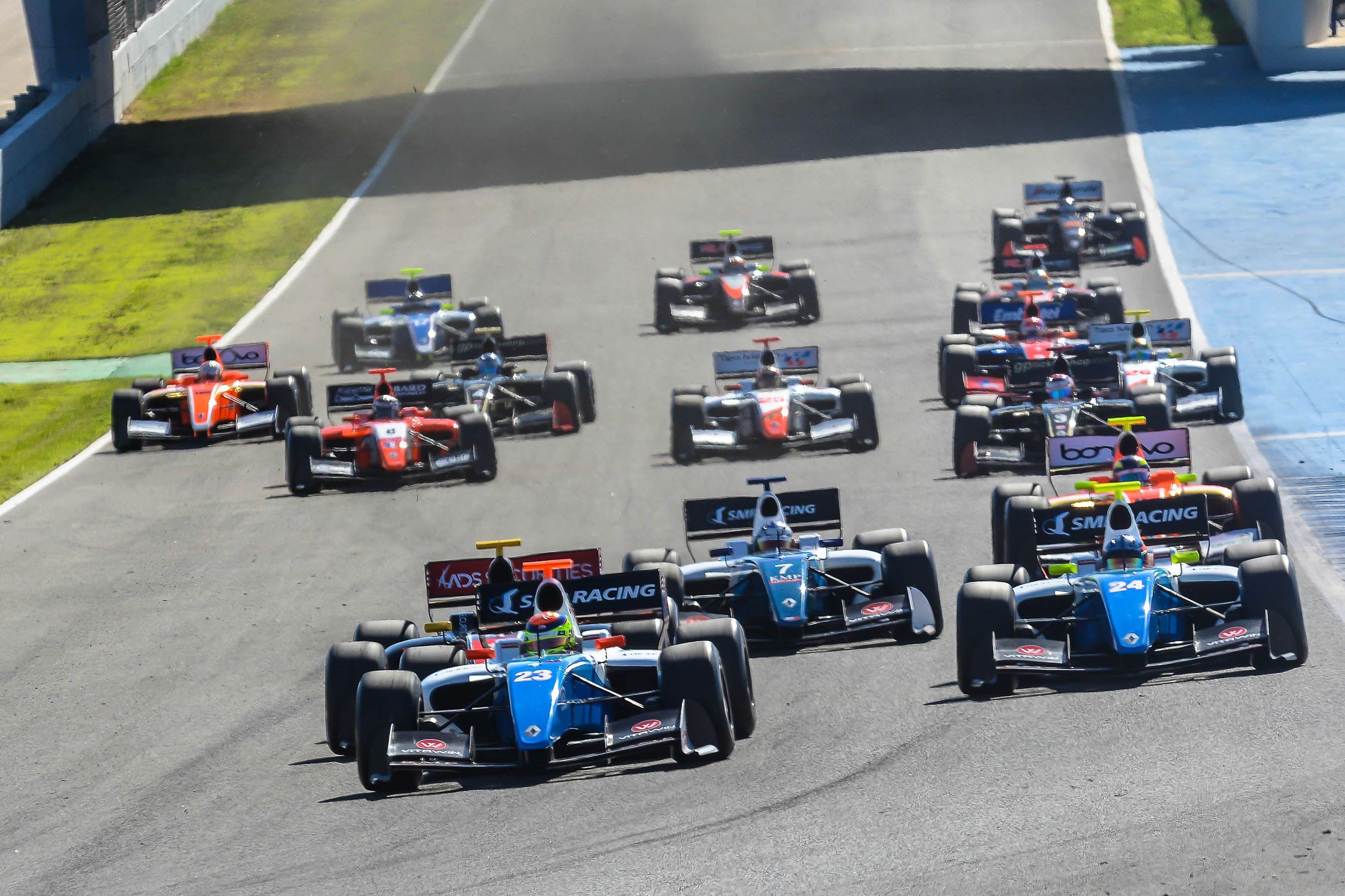 Salida de Fórmula V8 | Christian Cantizano para MIRA Jerez