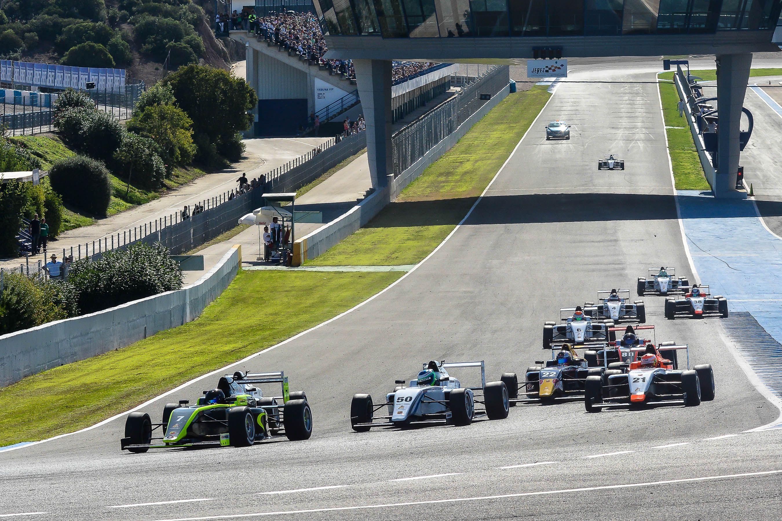 Salida de F4 | Christian Cantizano para MIRA Jerez