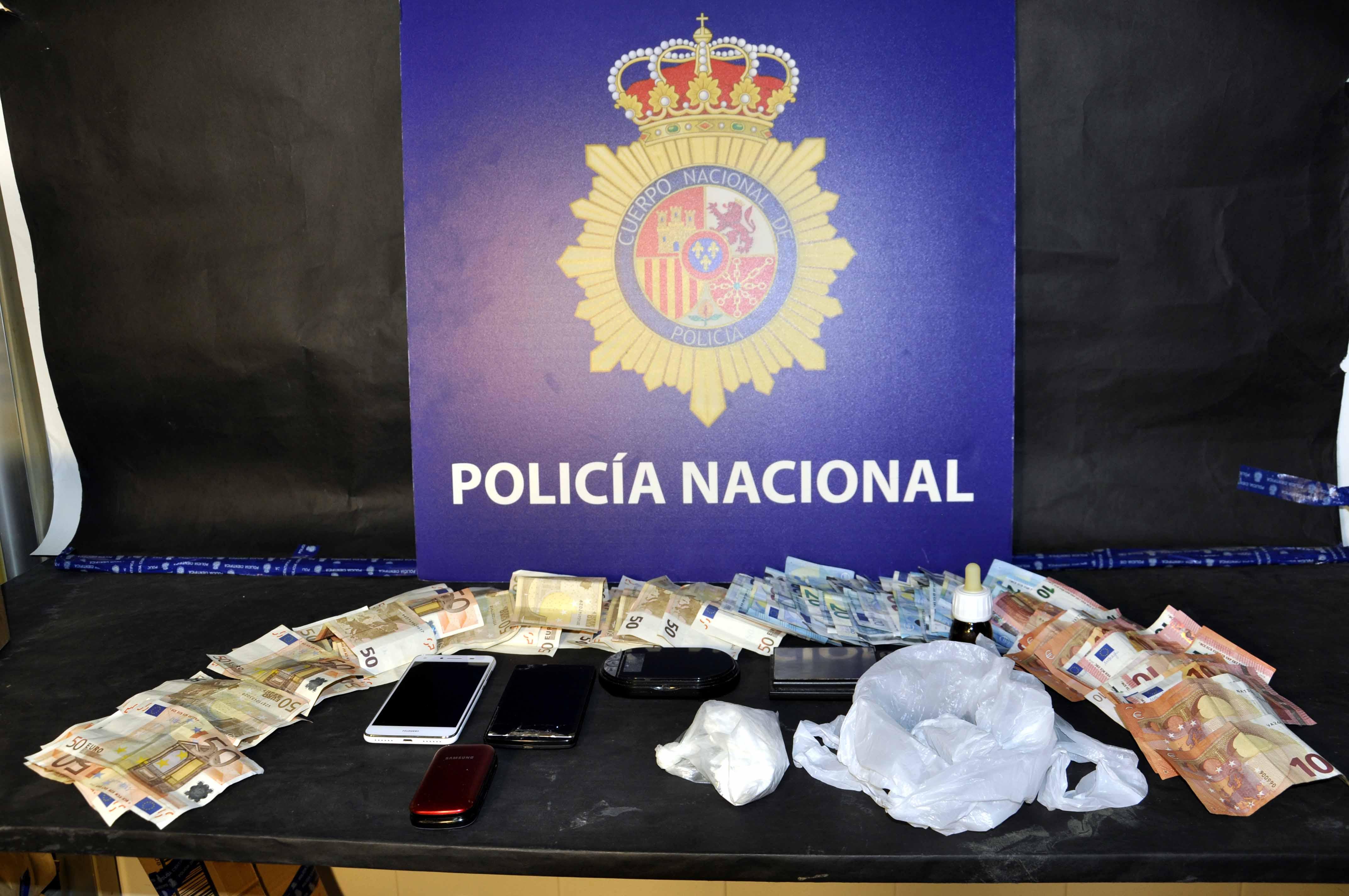 2016-11-07-el-puerto-16-detenidos-cocaina-1