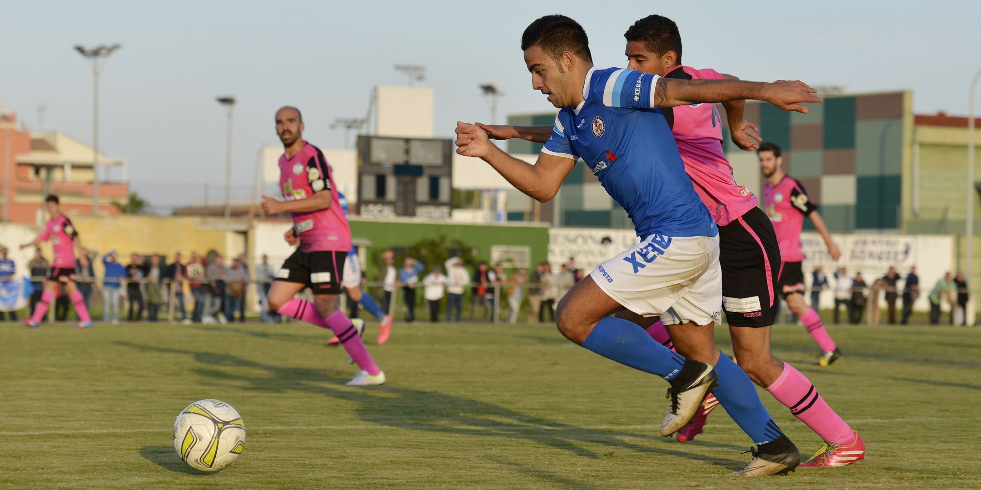 Xerez DFC - Ciudad de Lucena, en partido disputado en Rota como local, 13NOV2016 | Cristobal Dueñas/AFC