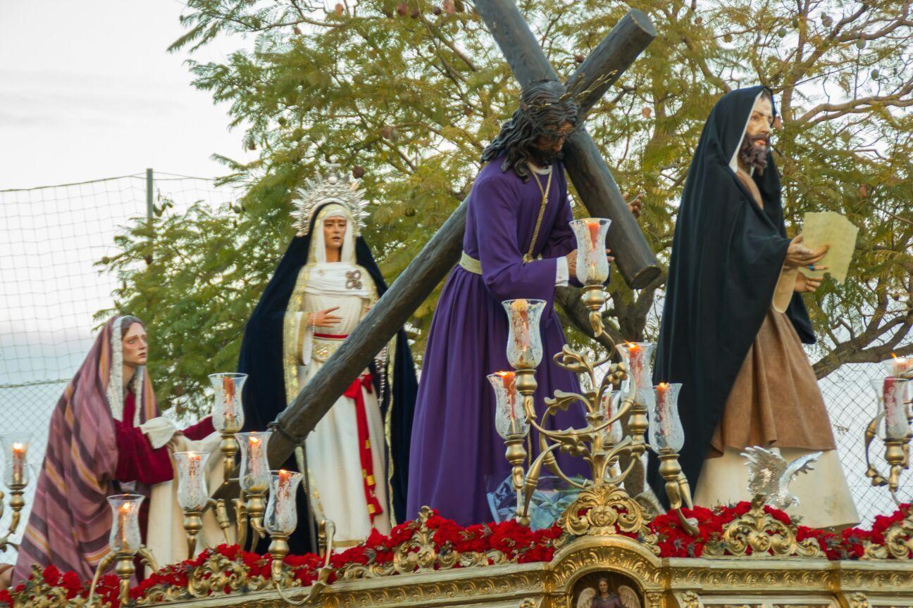 Resultado de imagen de Asociación Juvenil 'Nuestro Padre Jesús del Consuelo'+