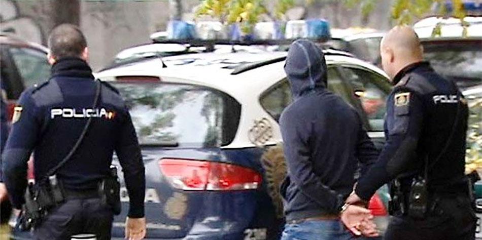 Resultado de imagen de detenidos por la policía nacional