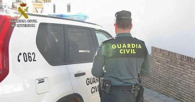 Desalojan un bar con 45 personas en Montellano