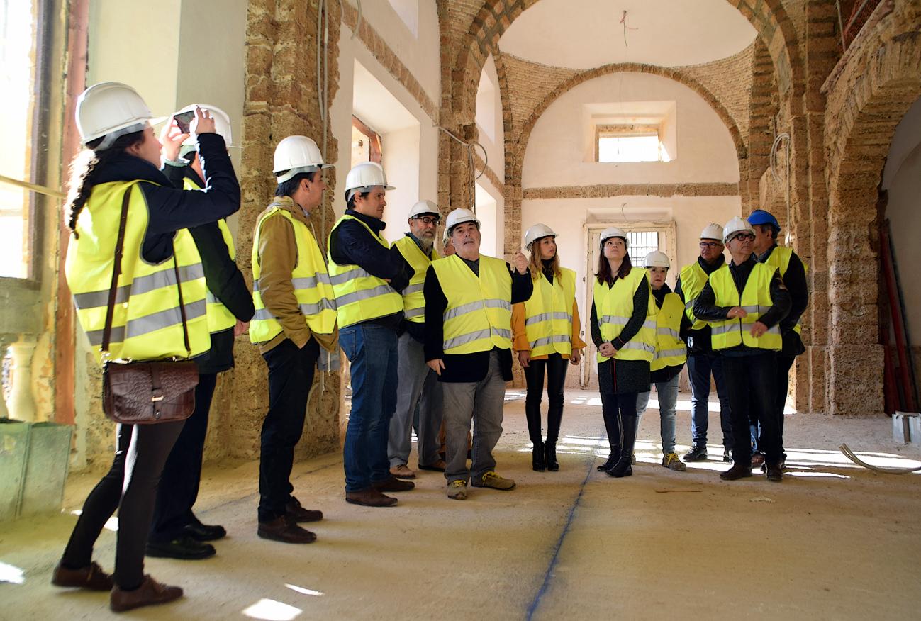 El colegio de arquitectos visita la obra de rehabilitaci n del consistorio isle o el mira - Colegio de arquitectos cadiz ...