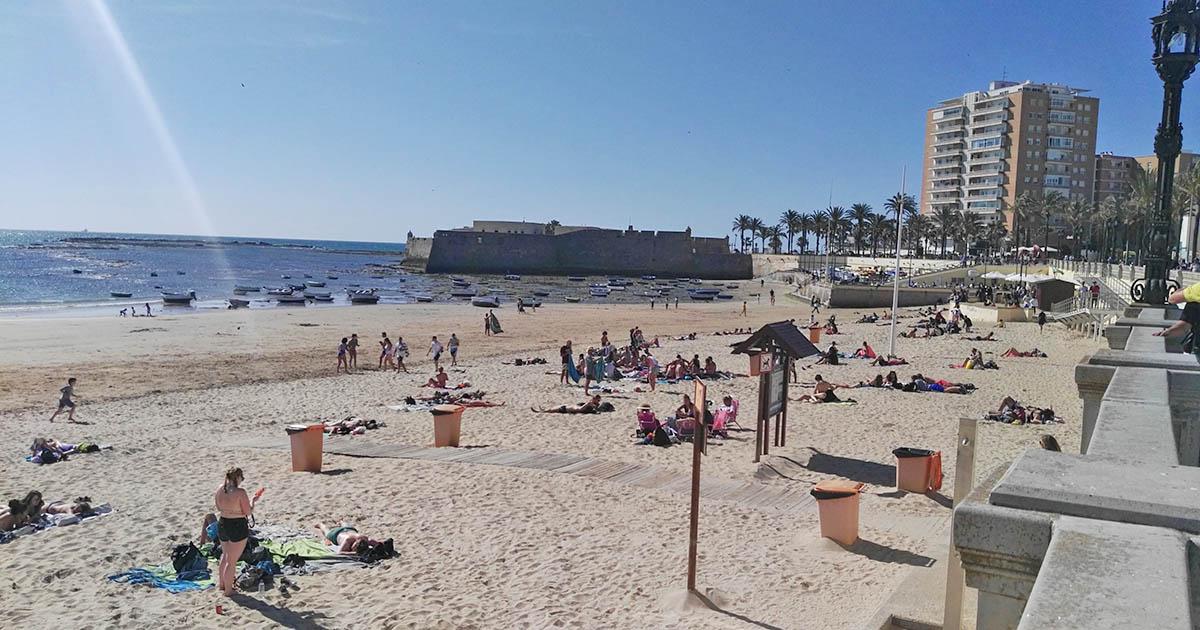 playas temporada media Cádiz