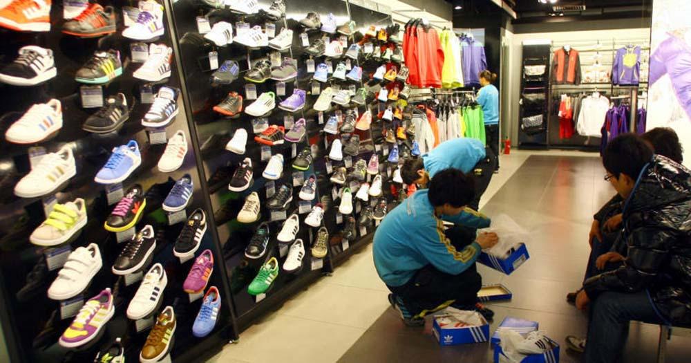 702efd6af El perfil que demanda la empresa es el de estudiantes apasionados de la  moda deportiva que deseen compaginar sus estudios con el desarrollo  profesional.
