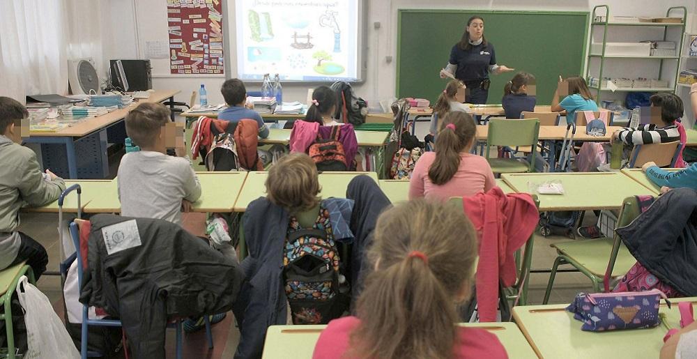 Andalucía vuelta al cole protocolos positivo aula