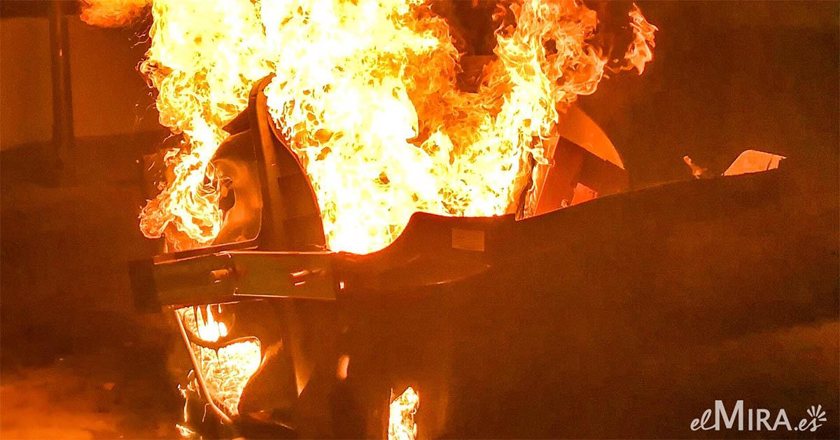 Incendio contenedor Jerez 1
