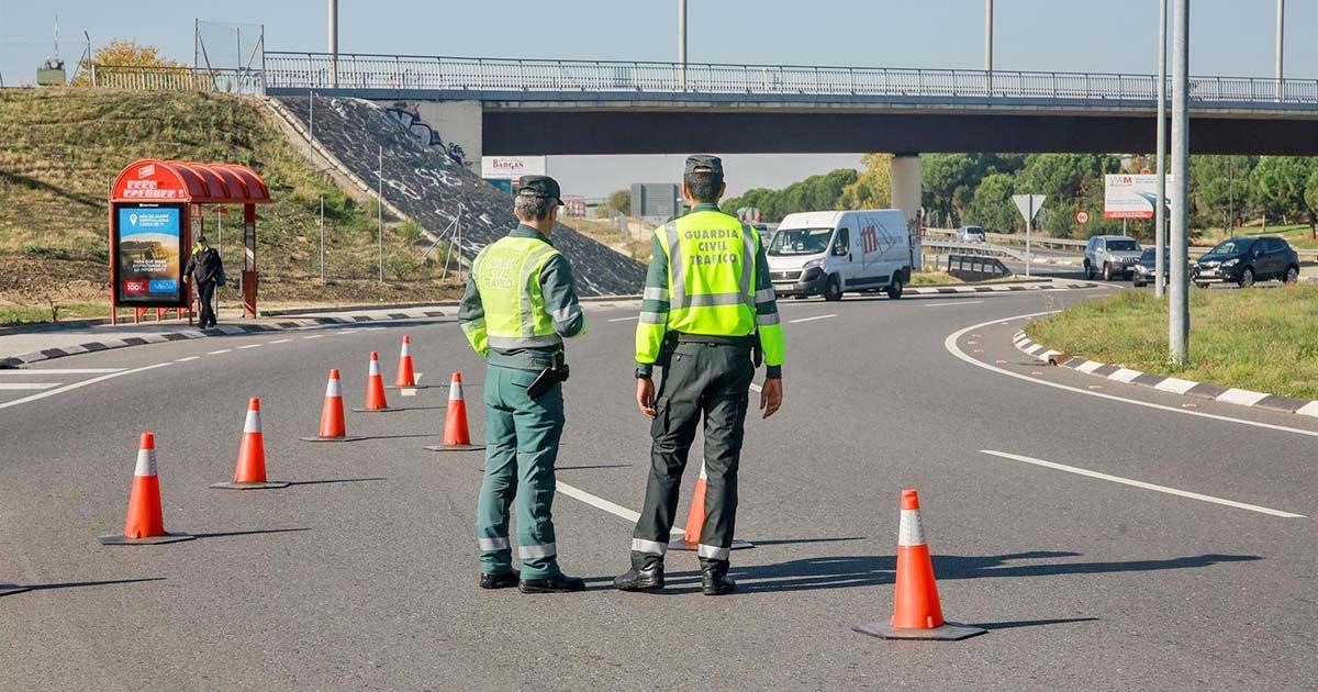 Control carretera Guardia Civil