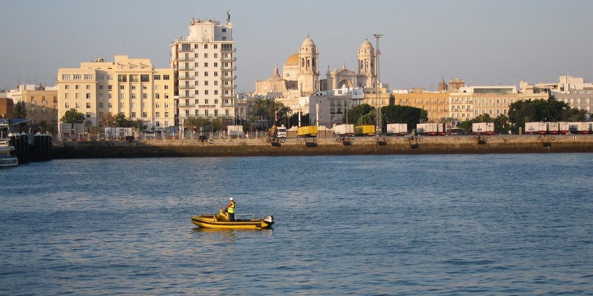 puerto Cádiz muelle Galeona