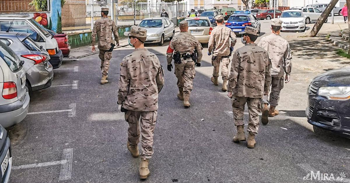 militares de infantería marina en Jerez
