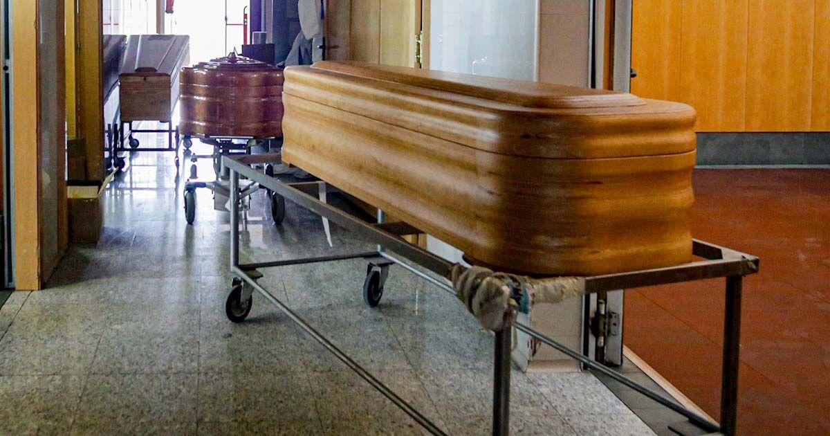 niña revive funeral