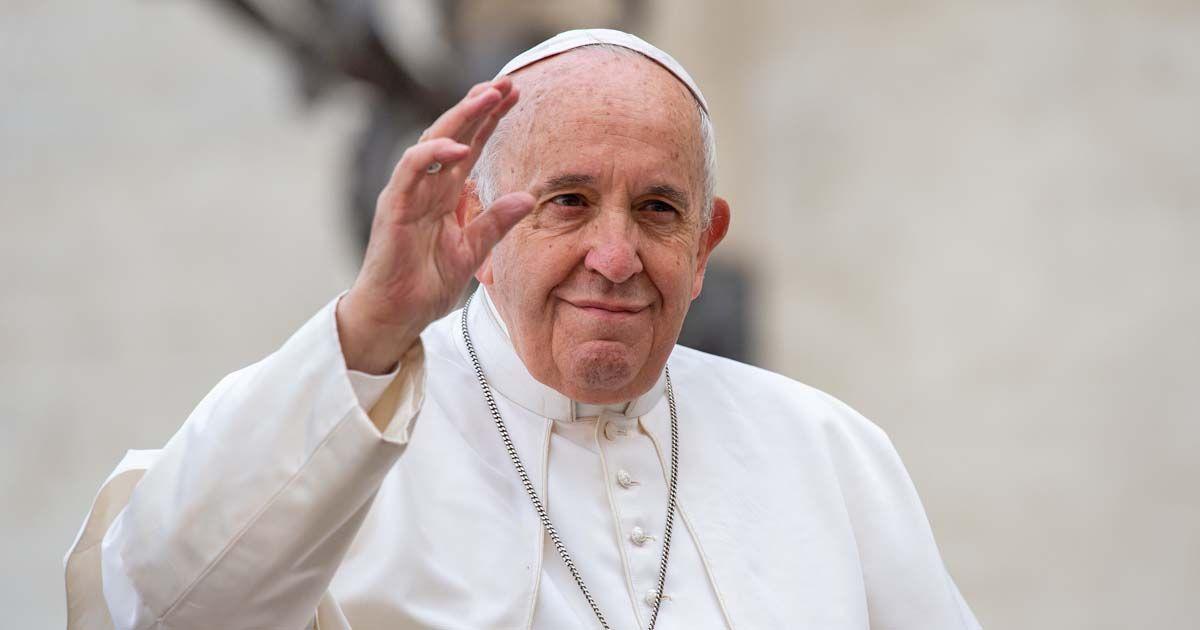 El Papa Francisco pide un renacimiento de la humanidad