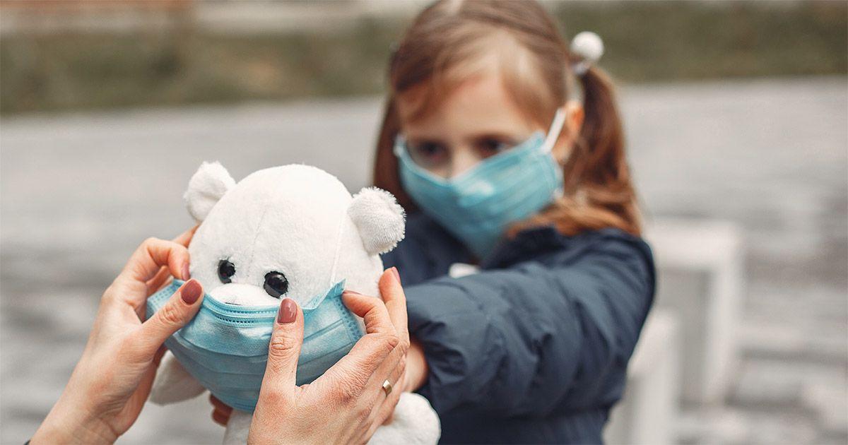 niños mascarilla Coronavirus enfermedad