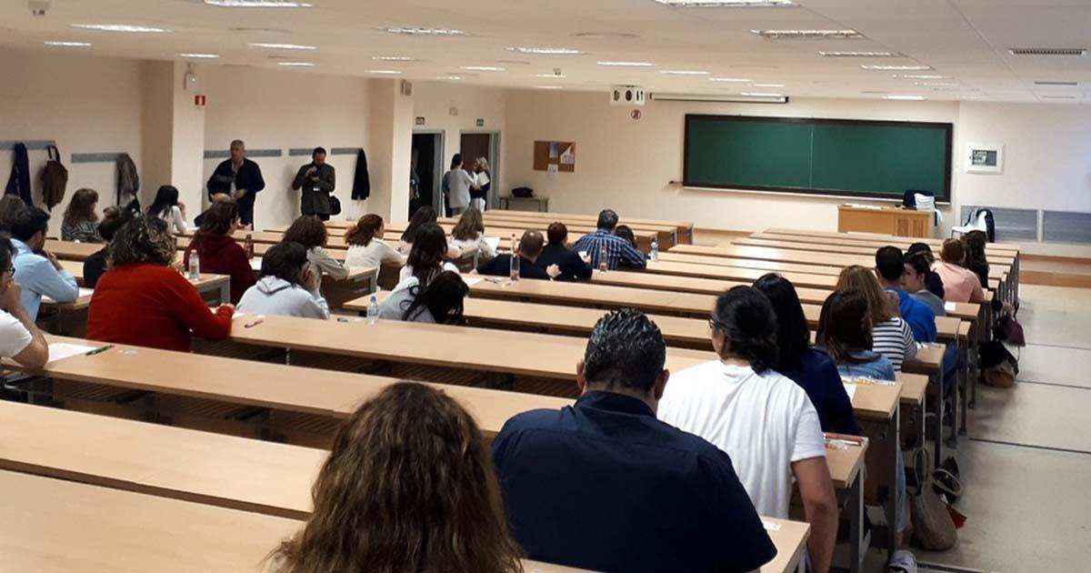 Aula con medidas anticovid en las universidades españolas La Junta