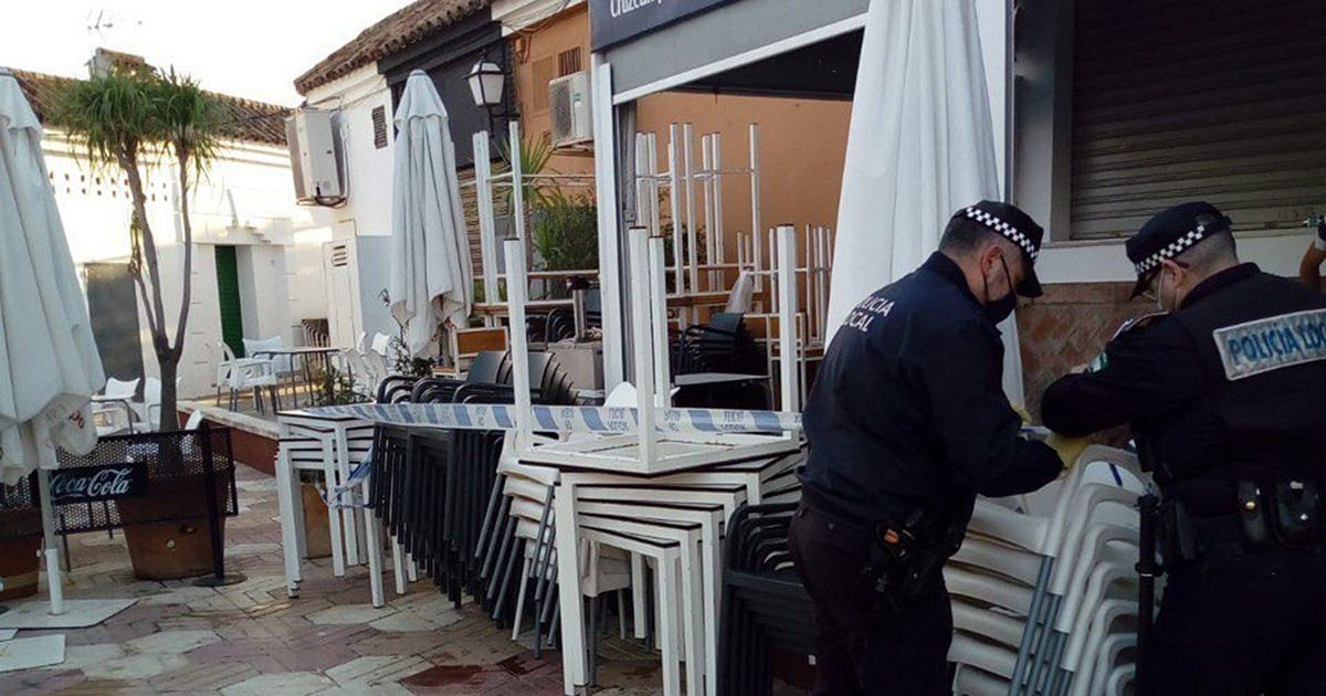 Desalojan y denuncian a un bar en Córdoba