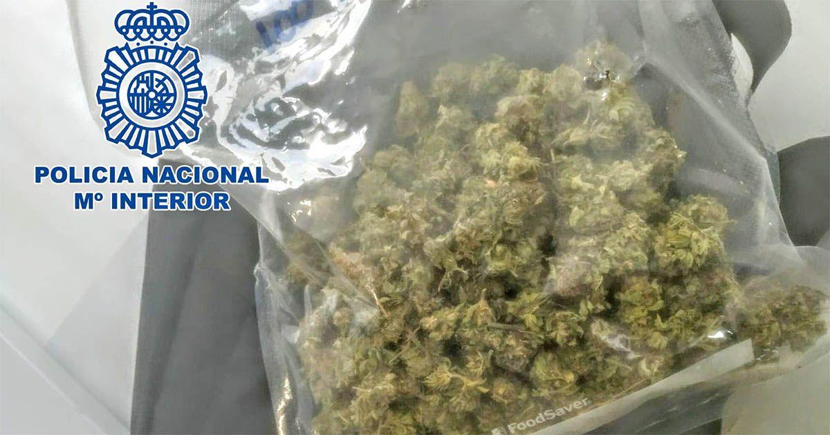 Pillados cuando trasportaban marihuana por Almería