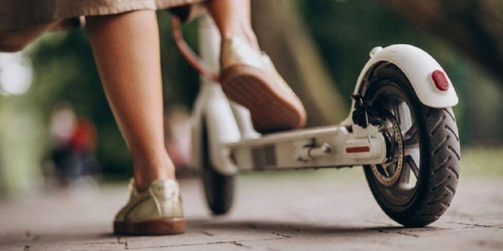 Menor atropellado en Málaga cuando iba en patinete
