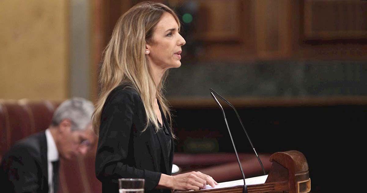 """Álvarez de Toledo carga contra Casado: """"Renuncia a gobernar"""""""
