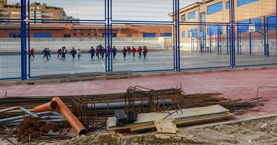Realizan más de 400 arreglos y reparaciones en colegios de Jerez