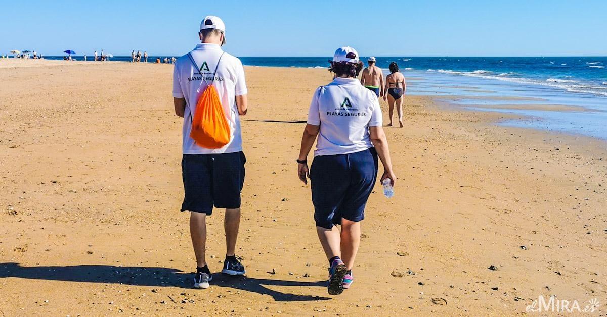 vigilantes de playa andalucía chipiona coronavirus cuarentena
