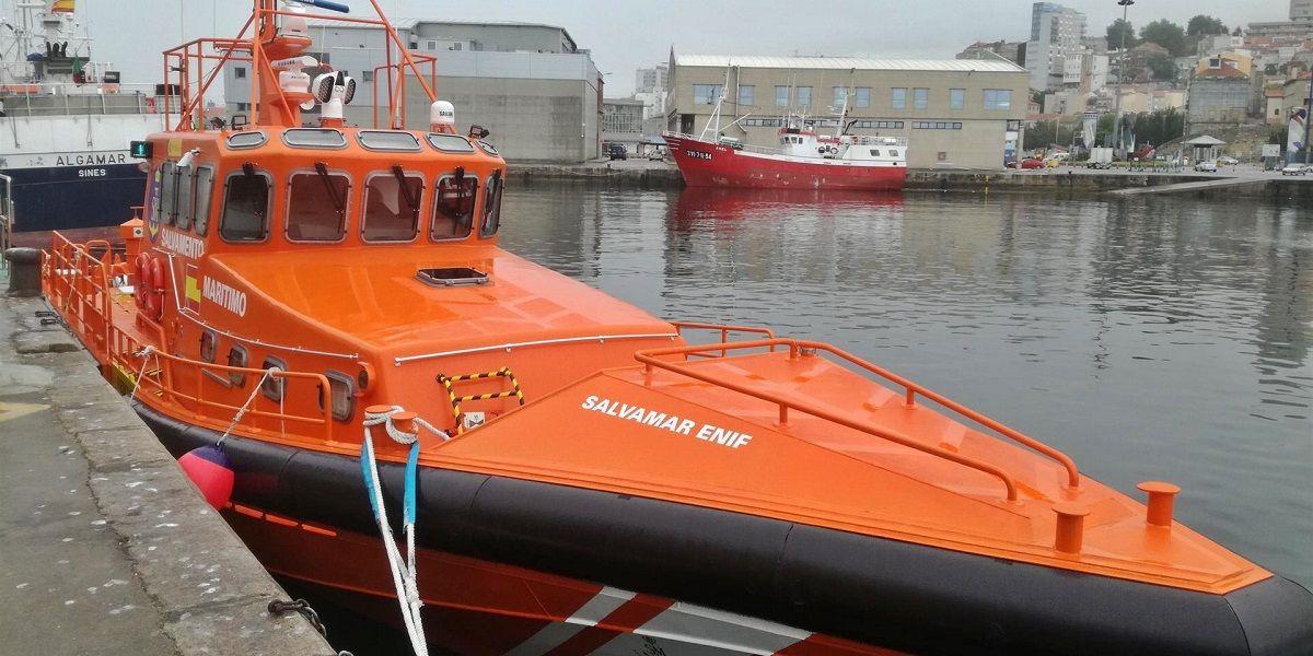 salvamento marítimo inmigrantes kayak