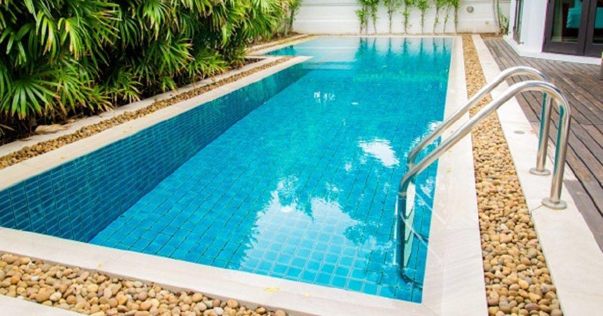 niño ahogado piscina