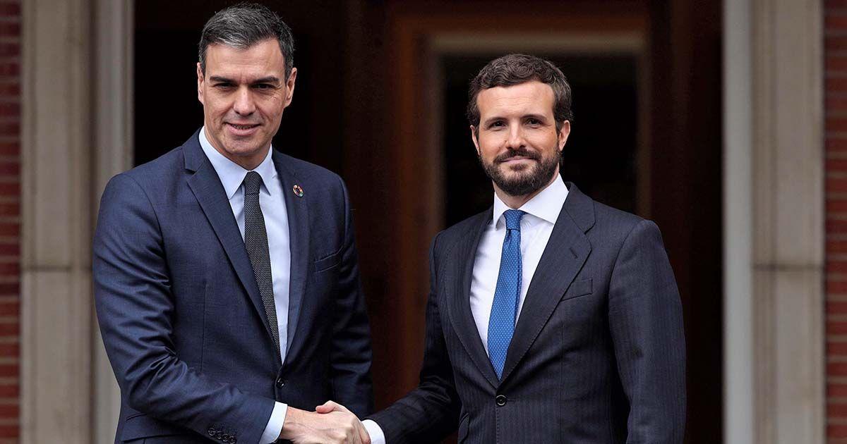 Casado Pedro Sánchez