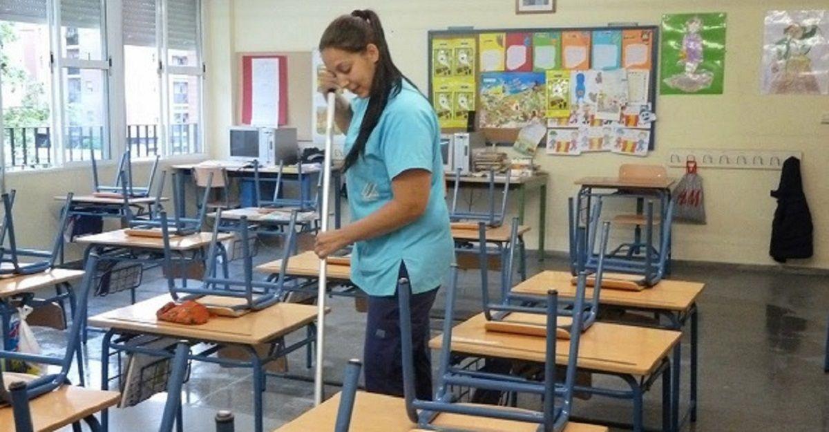 limpieza colegios limpiadora