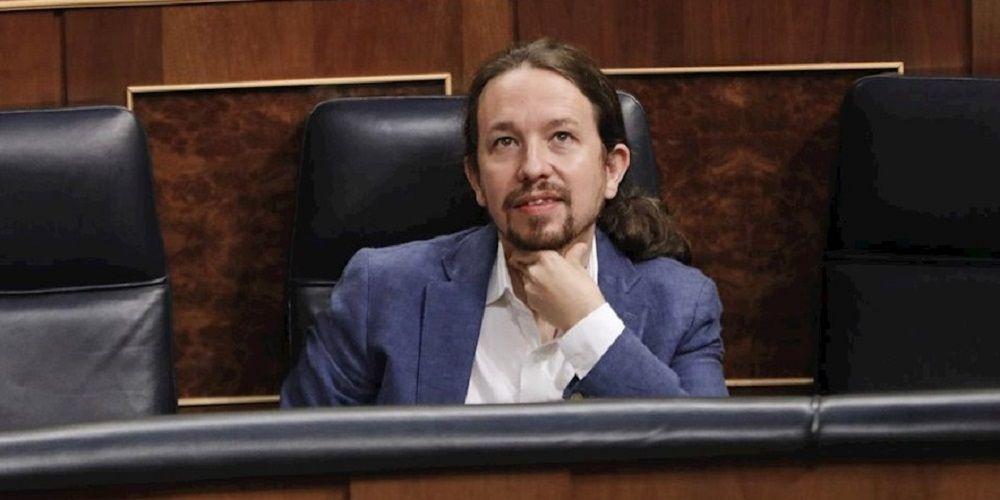 Traición en el Gobierno: Iglesias pasa de Calvo y se reúne con ERC y Bildu