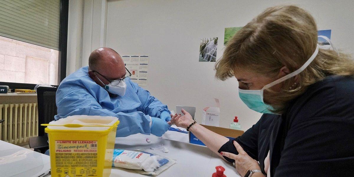 Hospitalizados e ingresados en UCI en Andalucía por Covid-19 coronavirus test