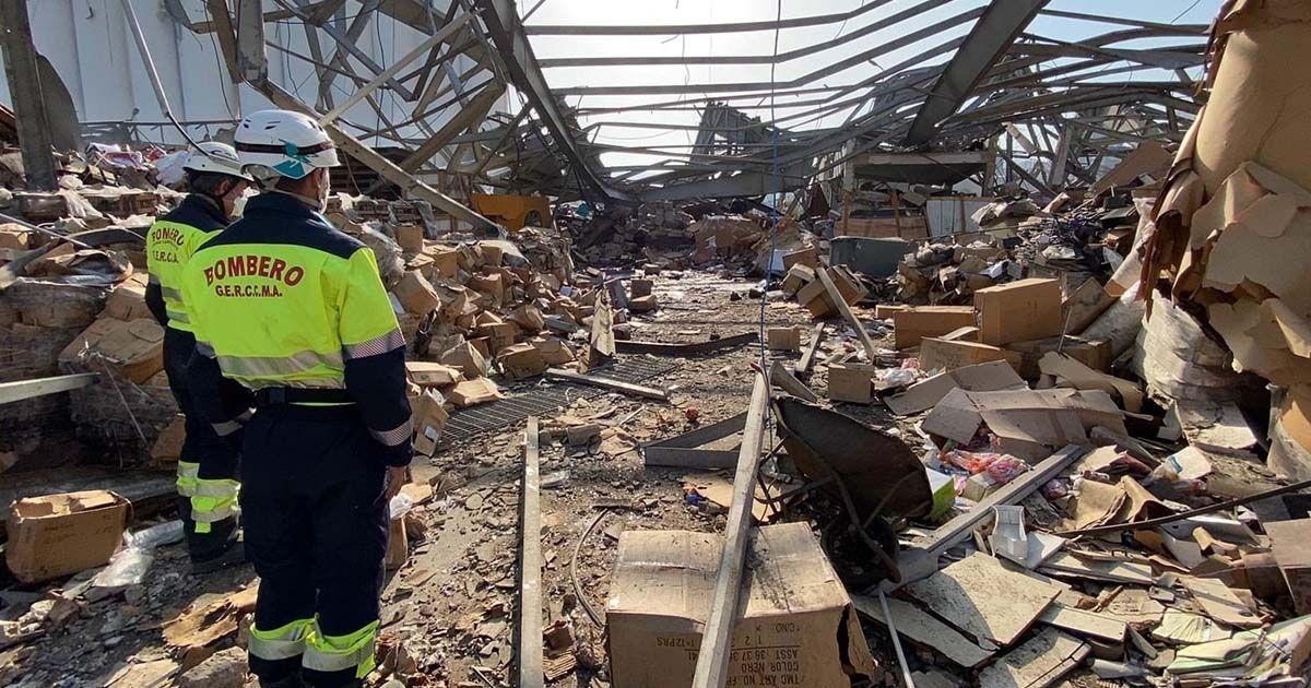 Bomberos de Málaga rescatan a supervivientes en Beirut