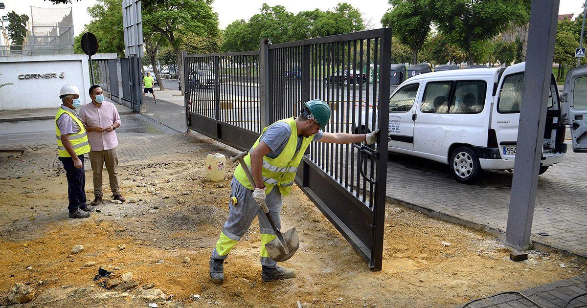 Mejoran la seguridad y estética del Complejo Chapín con tres puertas nuevas