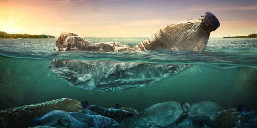 plástico en el océano Atlántico