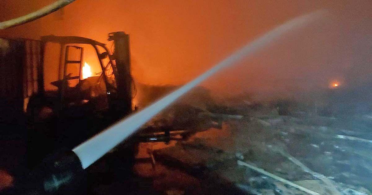 incendio nave Chipiona bomberos fuego
