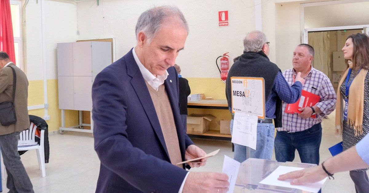 Macario Valpuesta será el nuevo diputado de Vox por la provincia de Sevilla