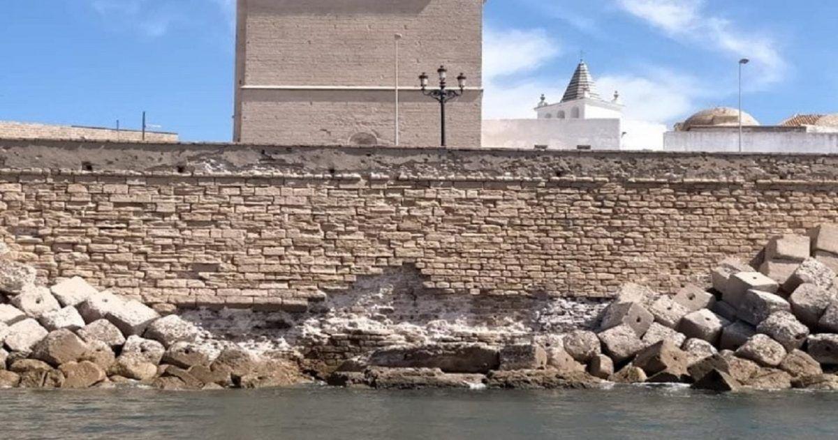 Cádiz sigue cayendo