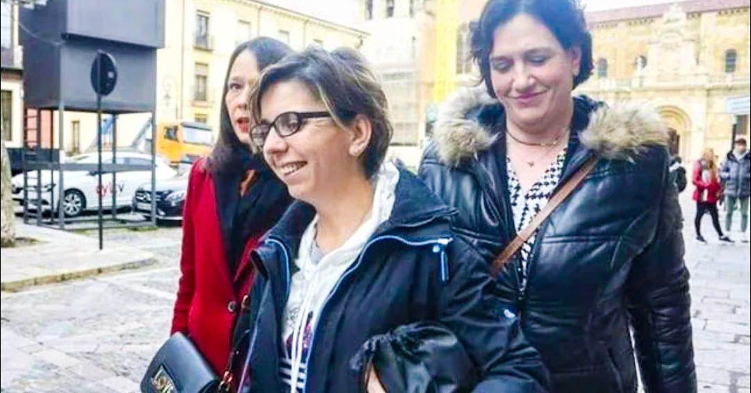 León Vanesa Gesto acusa a Iván Rico mujer expareja violencia de género denuncia falsa