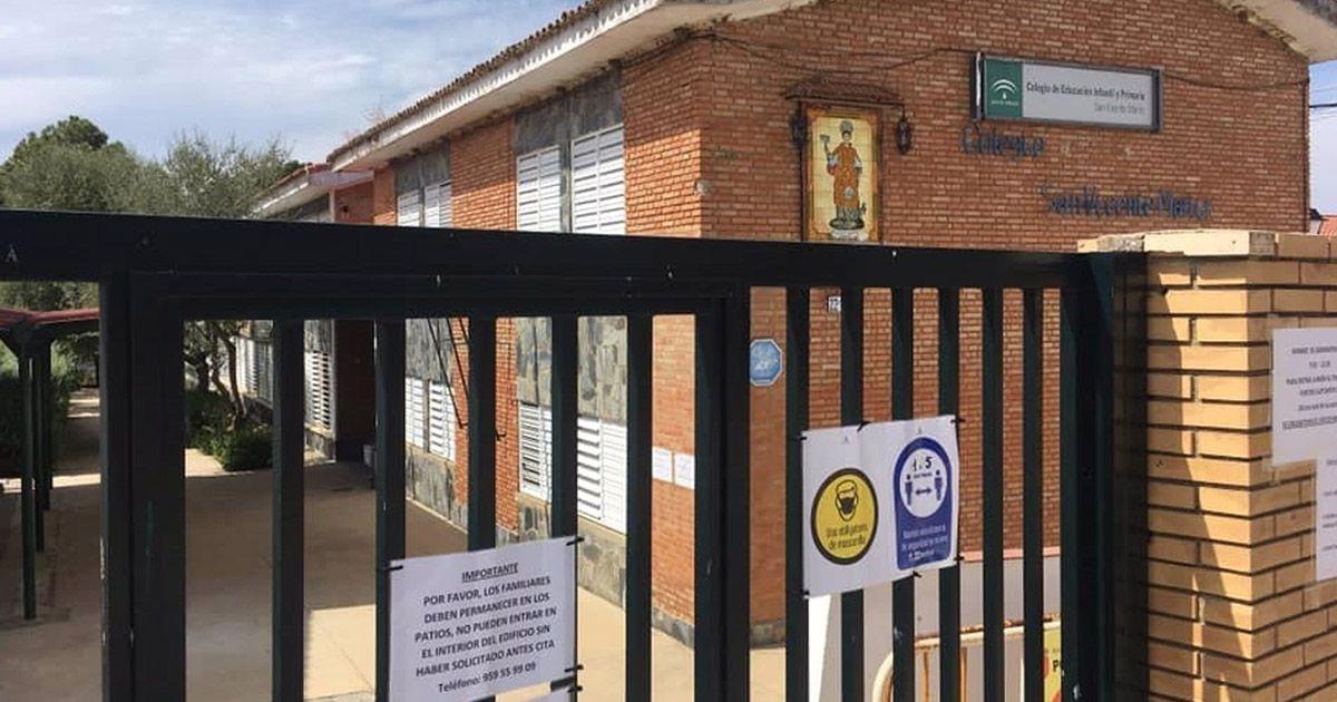 Ocho colegios de Almería, en 'jaque' por el Covid-19