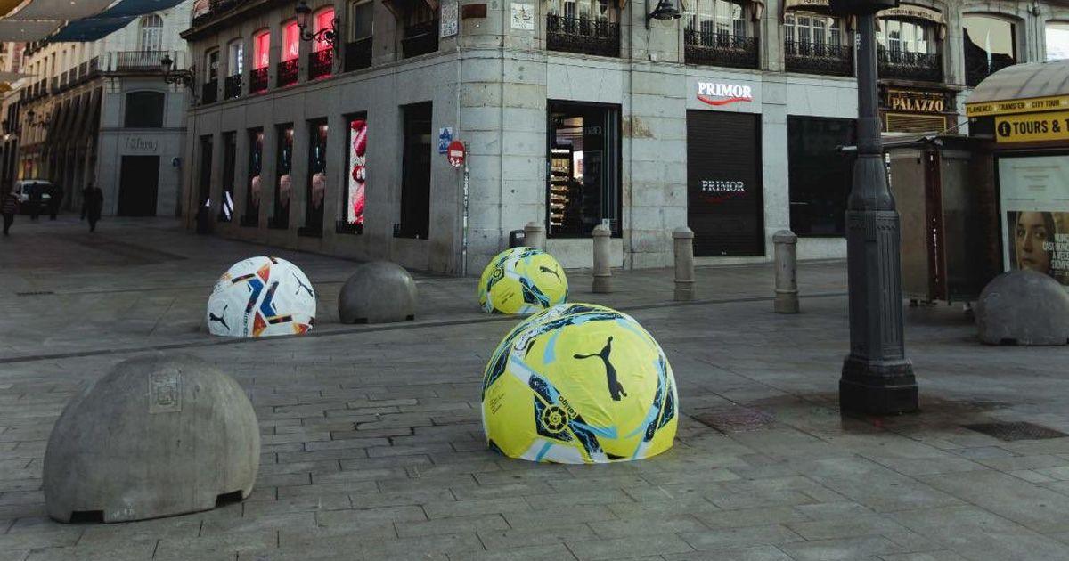 Retiran los balones pintados en bolardos de Madrid al provocar 'lesiones'