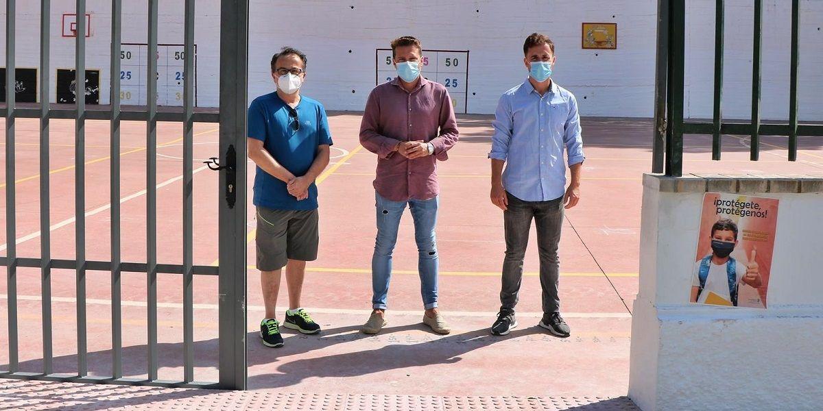 Torrox habilita un nuevo acceso al colegio Colina del Sol para evitar aglomeraciones