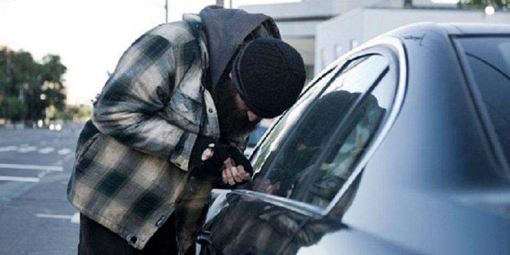 Alerta de la Policía Nacional: No dejes las llaves de casa en el coche